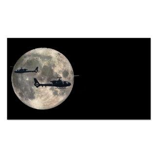dos helicópteros silueteados por una Luna Llena Plantilla De Tarjeta De Visita