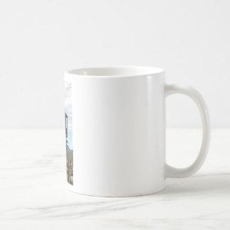 Dos historias con las escaleras taza de café
