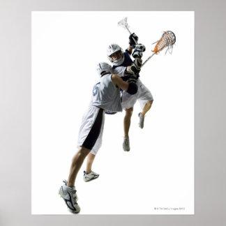 Dos hombres jovenes que juegan al lacrosse 2 poster