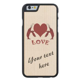 Dos langostas y corazones de los cangrejos funda de iPhone 6 carved® de arce