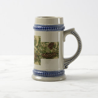 Dos mariposas de la cebra en follaje tazas de café