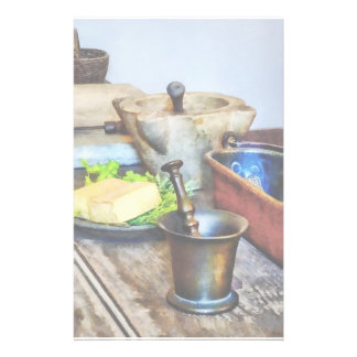 Dos mortero y majas en cocina papelería