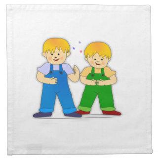 Dos muchachos servilleta