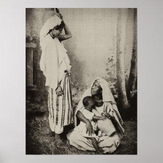 Dos mujeres en Tánger, Marruecos, 1898 Póster