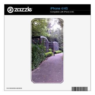 dos niños en parque calcomanía para iPhone 4S