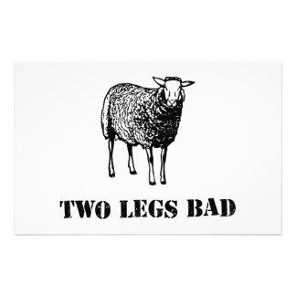Dos ovejas del malo de las piernas papeleria