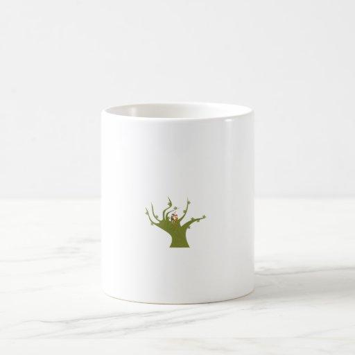 Dos pájaros en el extracto verde oliva tree.png taza básica blanca
