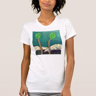 Dos palmeras y la camisa de las montañas Nevado
