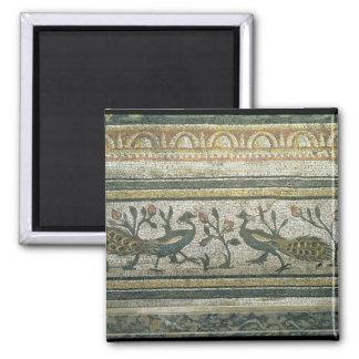 Dos pavos reales, detalle decorativo de la fronter imán para frigorifico