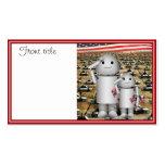 Dos pequeños robots patrióticos con las porciones