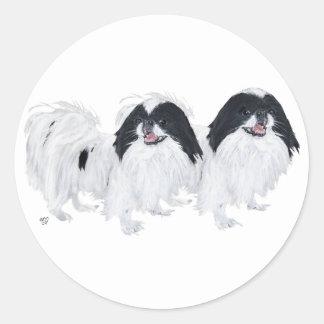 Dos perros de Chin del japonés Pegatina Redonda