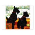 Dos perros del escocés en el navidad postal