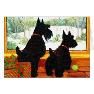 Dos perros del escocés que esperan a Papá Noel Tarjeta De Felicitación