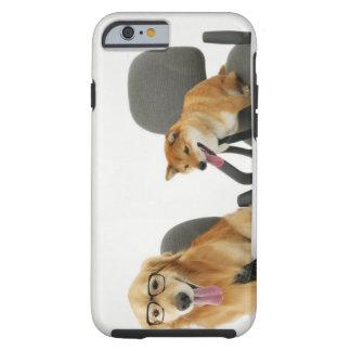 Dos perros que llevan el lazo y los vidrios, funda resistente iPhone 6