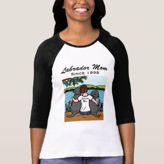 Dos personalizados Labradors negro y mamá T-shirt