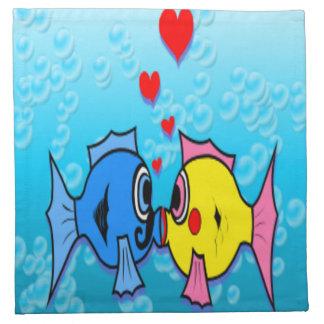 Dos pescados que se besan, escena subacuática servilletas