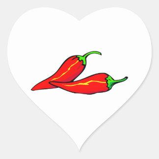 Dos pimientas de chile rojo en lado colcomanias de corazon personalizadas