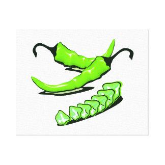 Dos pimientas de chile verdes una cortadas impresión de lienzo