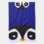 Dos pingüinos del dibujo animado que juegan ojeada toalla de cocina