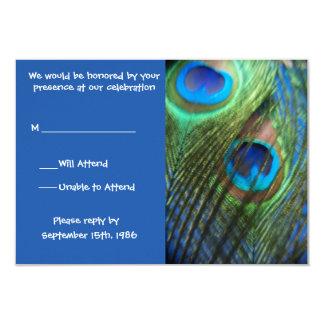 """Dos plumas azules RSVP del pavo real Invitación 3.5"""" X 5"""""""