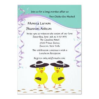 Dos polluelos que consiguen el boda lesbiano invitacion personalizada