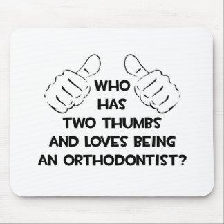 Dos pulgares y amores que son un Orthodontist Tapetes De Raton