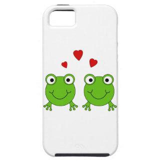 Dos ranas verdes con los corazones rojos iPhone 5 funda