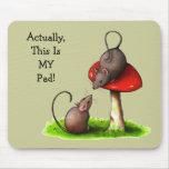 Dos ratones lindos: Toadstool: Éste es MI cojín Alfombrillas De Ratón