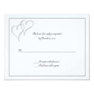 Dos tarjetas de RSVP del amor de los corazones uno Comunicados
