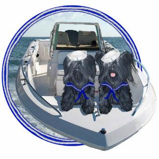 Dos terrieres de Skye hacia fuera en el barco Fotoescultura Vertical