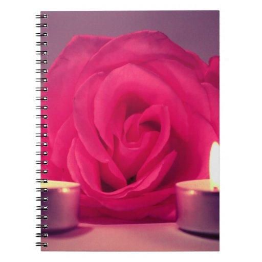 dos velas color de rosa de imagen floral rosada os notebook