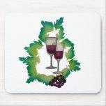 Dos vidrios de vino rojo tapete de ratón