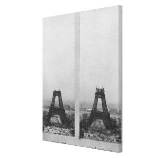 Dos vistas de la construcción de Eiffel Impresiones En Lona
