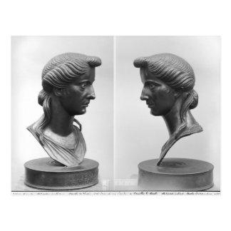 Dos vistas de un busto de Livia Postal