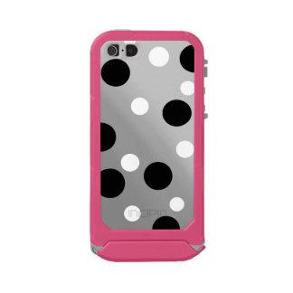 Dots On Blending Waterproof iPhone SE/5/5s Case