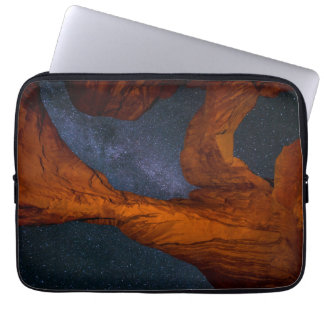 Double Arch And The Milky Way - Utah Laptop Sleeve