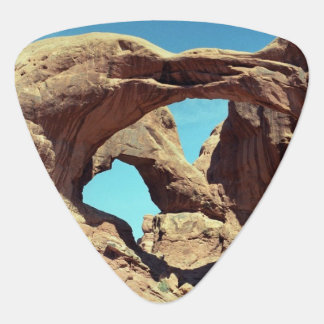 Double Arch Guitar Pick