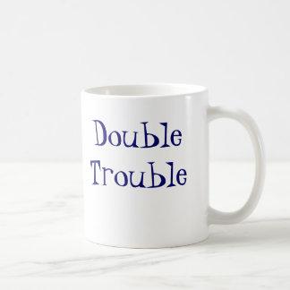 DoubleTrouble, recepción al mundo   de gemelos Tazas De Café