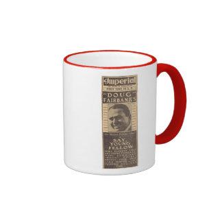 Douglas Fairbanks dice, el anuncio compañero joven Taza A Dos Colores