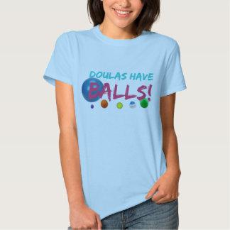 Doulas tiene camiseta de las bolas poleras