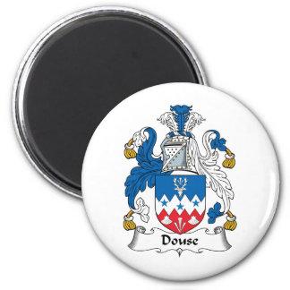 Douse el escudo de la familia imán redondo 5 cm