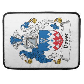 Douse el escudo de la familia funda para macbook pro