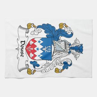 Douse el escudo de la familia toalla