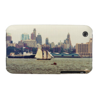 Downtown Brooklyn NY from NY Harbor Blackberry Cur Case-Mate iPhone 3 Case