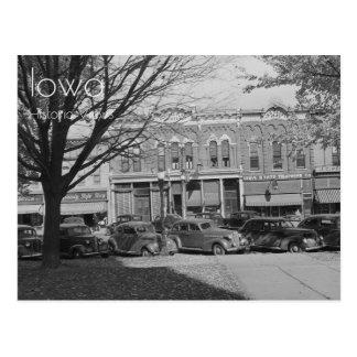 Downtown Grundy Center, Iowa Postcard