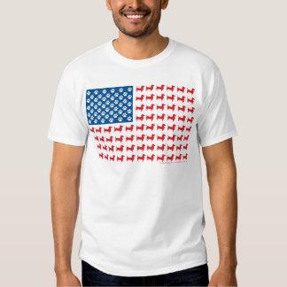 Doxie - bandera americana patriótica del Dachshund Remera