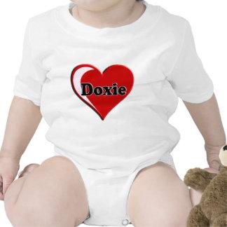 Doxie en el corazón para los amantes del perro trajes de bebé