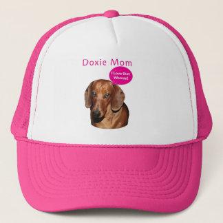 "Doxie Mom   ""I love that woman!"" Dachshund Trucker Hat"