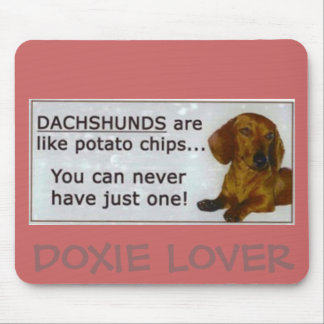 doxie_potato_chips DOXIE LOVER Mouse Pads