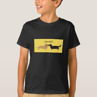 Doxie Smooch T-Shirt